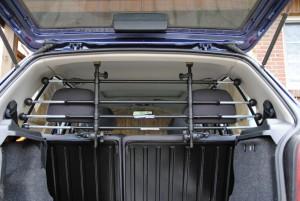 hundegitter f r das auto hundegitter f r das auto nach. Black Bedroom Furniture Sets. Home Design Ideas