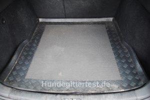 kofferraumwanne-hundegitter-test